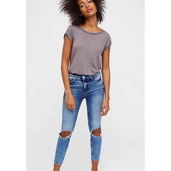 ⬇️Free People | high-rise busted skinny jeans NWT